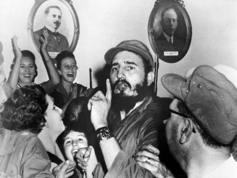 968857-fidel-castro-le-4-janvier-1959-a-cienfuegos